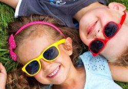 Как правильно подобрать солнцезащитные очки для ребёнка