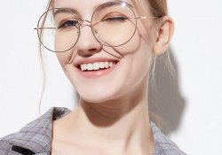 Очки как средство косметики
