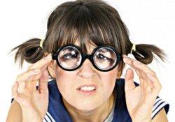 Почему не стоит покупать дешёвые линзы для очков или готовые очки