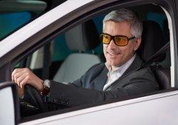 Очки для вождения с «желтыми линзами»: помощь или миф.